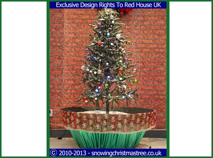 wwwsnowingchristmastreecoukexamplesnowing chr - Christmas Tree In A Pot