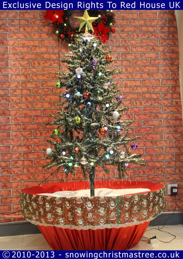 Artificial Snowing Christmas Tree